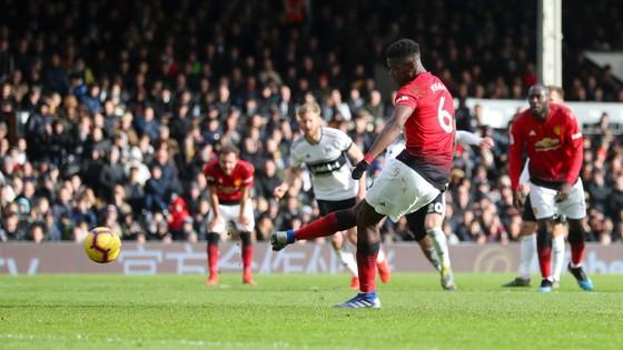 Thắng dễ Fulaham, Man United chiếm chỗ Chelsea trong tốp 4 ảnh 6
