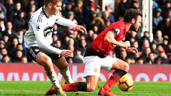 Thắng dễ Fulaham, Man United chiếm chỗ Chelsea trong tốp 4 ảnh 5