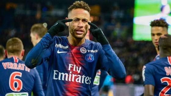 Neymar ở lại Brazil dự lễ hội Carneval