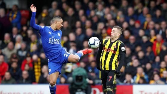 Watford nhấn chìm Leicester 2-1 bằng đòn phản công