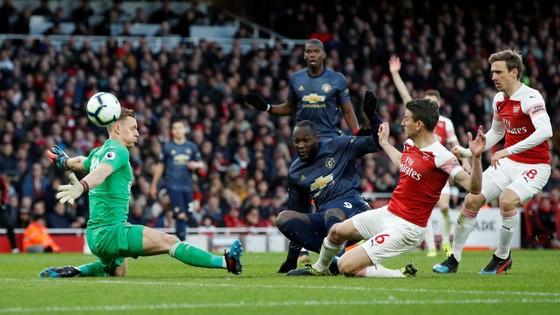 Man United thua đau Arsenal 0-2, Solskjaer mất chuỗi trận bất bại ảnh 8