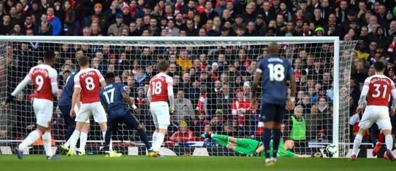 Man United thua đau Arsenal 0-2, Solskjaer mất chuỗi trận bất bại ảnh 5