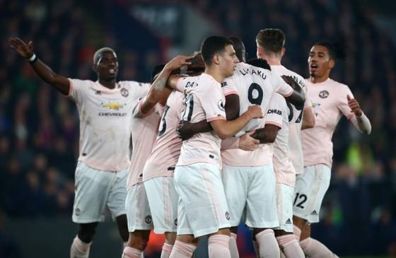 Man United chào đón 8 ngôi sao trở lại
