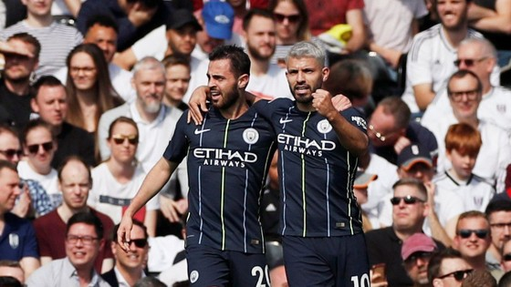 Fulham - Man City 0-2: Silva và Aguero tỏa sáng, Man Xanh chiếm lại ngôi đầu ảnh 6