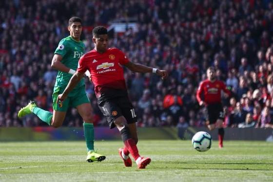 Man United - Watford 2-1, Rashford và Martial giúp Quỷ đỏ vào tốp 4 ảnh 5