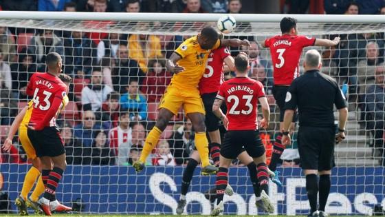 TRỰC TIẾP Southampton - Wolves: Gồng mình trụ hạng ảnh 4