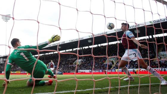 TRỰC TIẾP Burnley - Man City: Chờ Aguero lên tiếng ảnh 9