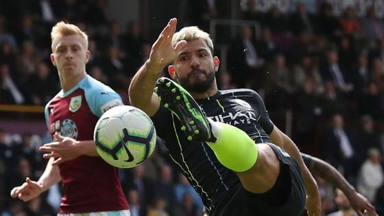 TRỰC TIẾP Burnley - Man City: Chờ Aguero lên tiếng ảnh 7