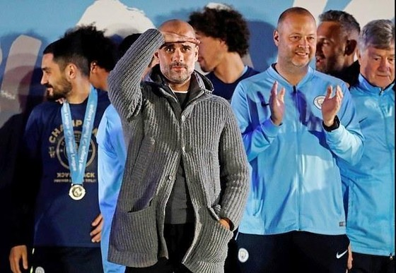 'Lừa dối UEFA', Man City liệu có bị cấm tham dự Champions League mùa tới? ảnh 1