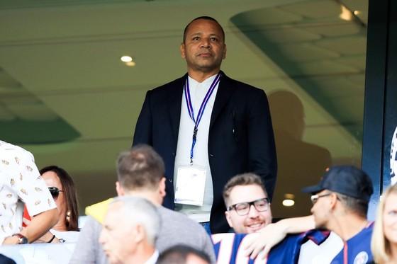 Cha Neymar âm thầm sang Turin, Juve đề xuất đổi Dybala cho PSG ảnh 1