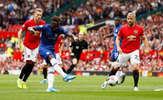 Man United - Chelsea 4-0: Rashford, Martial, James tỏa sáng, Quỷ đỏ vùi dập The Blue ảnh 4