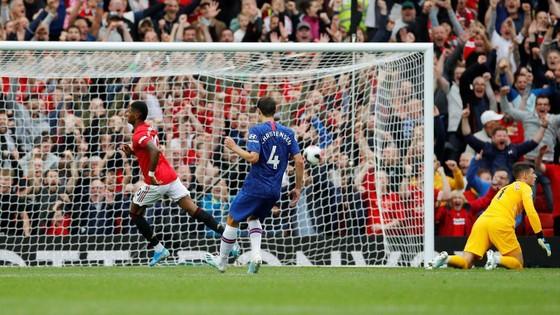 Man United - Chelsea 4-0: Rashford, Martial, James tỏa sáng, Quỷ đỏ vùi dập The Blue ảnh 11