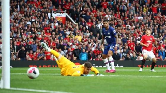Man United - Chelsea 4-0: Rashford, Martial, James tỏa sáng, Quỷ đỏ vùi dập The Blue ảnh 13