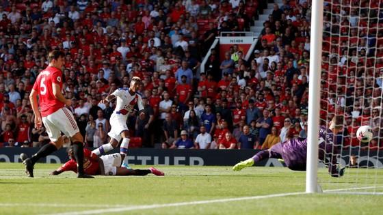 Man United - Crystal Palace 1-2: Sụp đổ phút cuối cùng ảnh 12