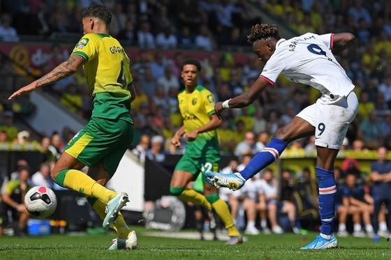 Norwich City - Chelsea 2-3: Abraham ghi cú đúp, Lampard giành chiến thắng đầu tay ảnh 8