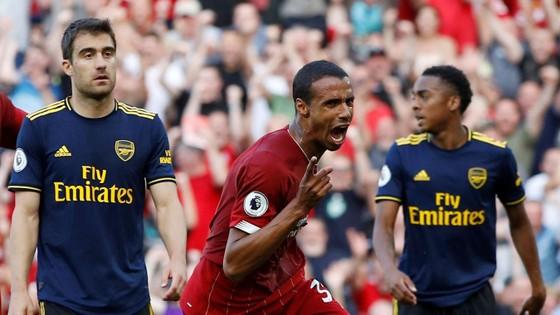 Liverpool - Arsenal 3-1: Salah ghi cú đúp, nhấn chìm Pháo thủ ảnh 9