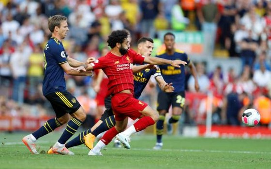 Liverpool - Arsenal 3-1: Salah ghi cú đúp, nhấn chìm Pháo thủ ảnh 4