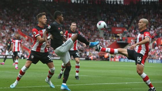 Southampton - Man United 1-1: Daniel James tỏa sáng, Quỷ đỏ đánh rơi chiến thắng ảnh 9