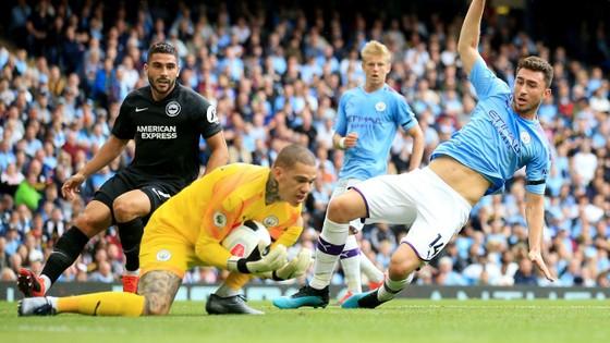 Man City - Brighton 4-0: Aguero ghi cúp đúp   ảnh 4