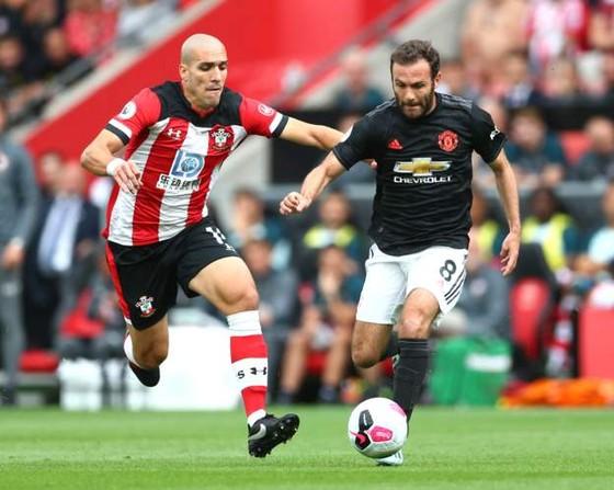 Southampton - Man United 1-1: Daniel James tỏa sáng, Quỷ đỏ đánh rơi chiến thắng ảnh 4