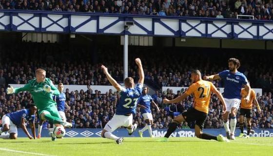 Everton - Wolves 3-2: Richarlison ghi cú đúp, Iwobi góp sức hạ gục Bầy sói ảnh 5