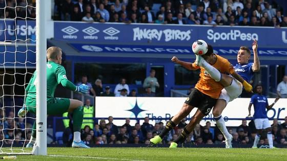 Everton - Wolves 3-2: Richarlison ghi cú đúp, Iwobi góp sức hạ gục Bầy sói ảnh 10