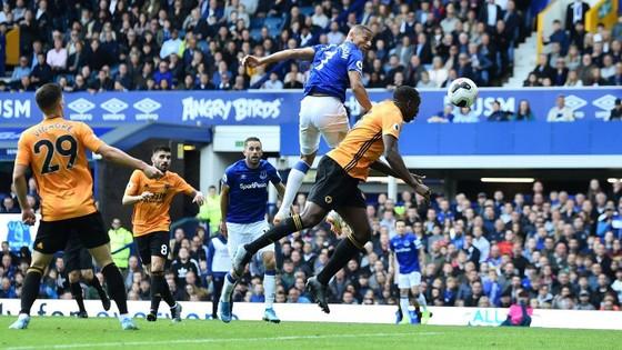 Everton - Wolves 3-2: Richarlison ghi cú đúp, Iwobi góp sức hạ gục Bầy sói ảnh 11