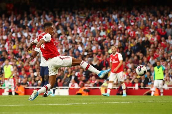 Arsenal - Tottenham 2-2 Lacazette và Aubameyang giúp Pháo thủ lội ngược dòng. ảnh 8