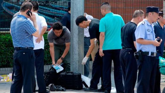 Nổ bên ngoài Đại sứ quán Mỹ tại Trung Quốc ảnh 2