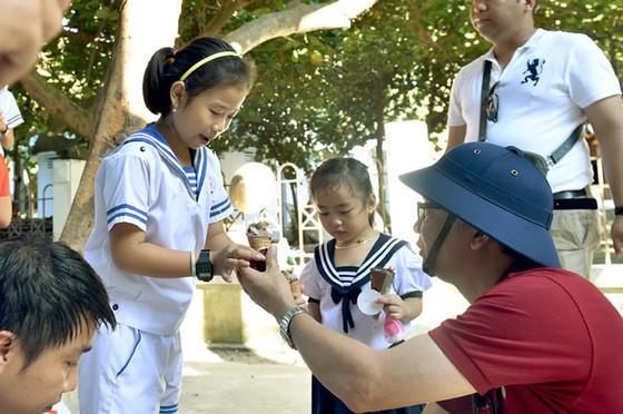Những đứa trẻ của Trường Sa ảnh 5