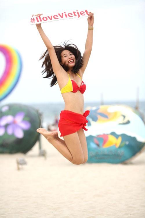 """Chào hè của """"Hãng hàng không bikini"""" ảnh 5"""
