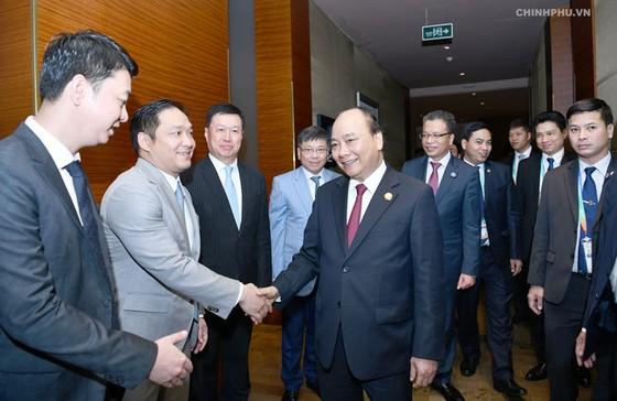 Thủ tướng tiếp một số tập đoàn tài chính, xây dựng Trung Quốc ảnh 1