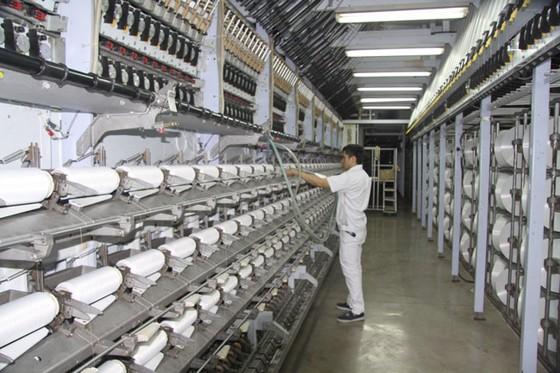 Bộ Công thương thăm dự án nhà máy xơ sợi polyester giữa Tập đoàn An Phát Holdings và PV Tex ảnh 2