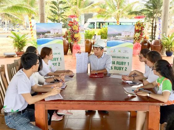 Nhộn nhịp sự kiện bàn giao Aloha Beach Village giai đoạn 1 ảnh 1