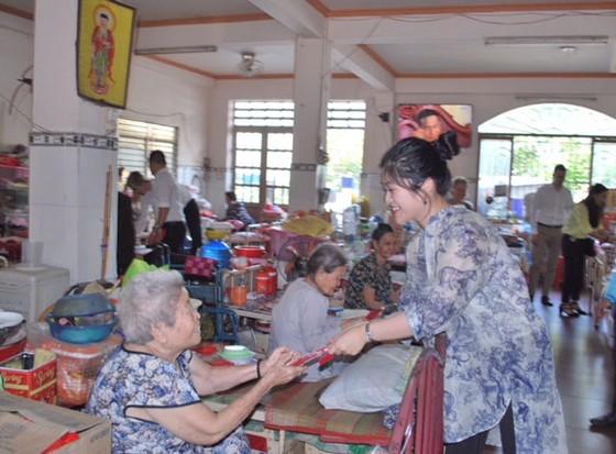 Vạn Thịnh Phát trao hơn 600 triệu đồng quà Tết  ảnh 2