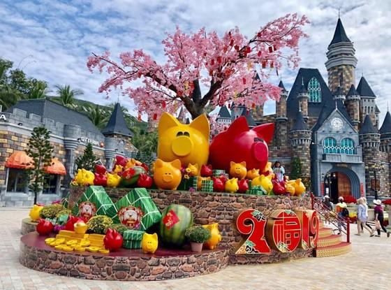 Háo hức đón Tết Việt, nghỉ lễ Âu ở Vinpearl Nha Trang ảnh 2