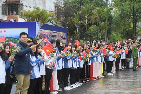 Chủ tịch Kim Jong-un đã lên xe về Thủ đô Hà Nội ảnh 5