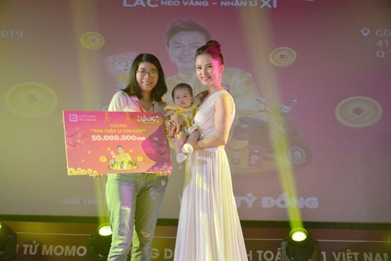 Lễ trao giải thưởng Lắc Xì – Lắc Heo vàng nhận lì xì Ví Momo ảnh 2