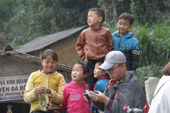 Trẻ em miền cao nguyên đá ảnh 9