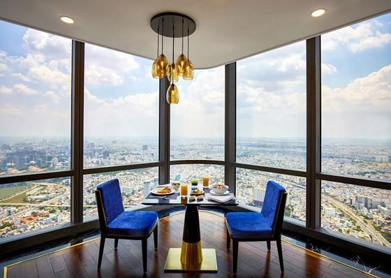 Đầu bếp nổi tiếng thế giới nấu phở chọc trời tại Vinpearl Luxury Landmark 81 ảnh 1