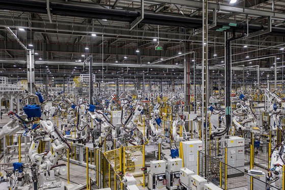 Khám phá bên trong nhà máy sản xuất ô tô VinFast ảnh 3