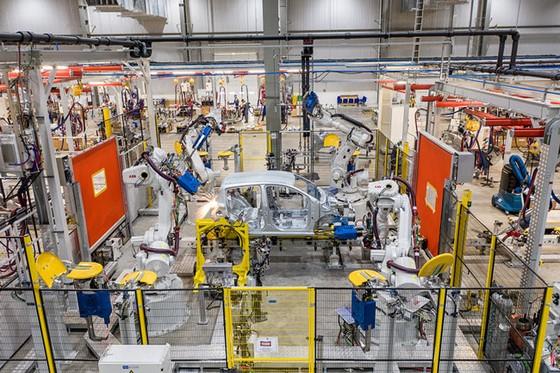 Khám phá bên trong nhà máy sản xuất ô tô VinFast ảnh 5