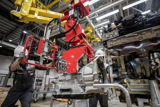 Khám phá bên trong nhà máy sản xuất ô tô VinFast ảnh 8