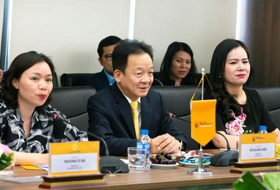 Bộ trưởng Ngoại giao Bờ Biển Ngà đến thăm và làm việc tại T&T Group ảnh 1