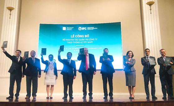 HOSE lần đầu công bố bộ nguyên tắc quản trị công ty theo tiêu chuẩn OECD  ảnh 1