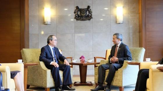 Bí thư Thành ủy TPHCM Nguyễn Thiện Nhân tìm hiểu kinh nghiệm starup từ Singapore ảnh 3