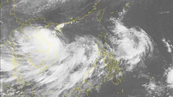 Từ sáng đến trưa mai 30-8, bão số 4 giật cấp 11 đi vào đất liền các tỉnh từ Nghệ An đến Quảng Bình ảnh 2