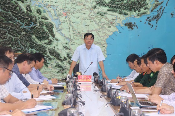 Từ sáng đến trưa mai 30-8, bão số 4 giật cấp 11 đi vào đất liền các tỉnh từ Nghệ An đến Quảng Bình ảnh 3