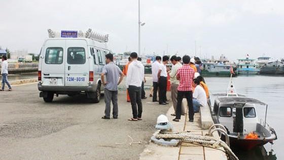 Truy tố hai bị can trong vụ chìm tàu làm chết 9 người tại huyện Cần Giờ ảnh 1