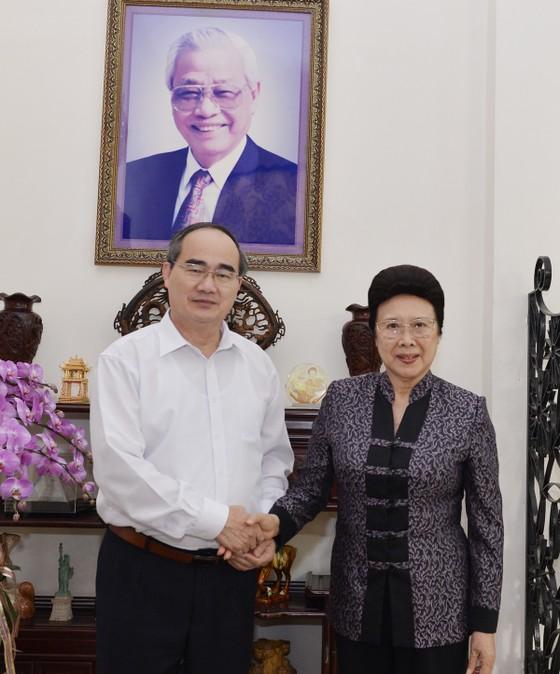 Bí thư Thành ủy TPHCM Nguyễn Thiện Nhân thăm, chúc Tết nguyên Thủ tướng Nguyễn Tấn Dũng ảnh 2